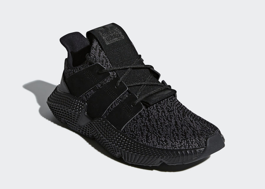 "In arrivo le adidas Prophere ""Triple Black"""