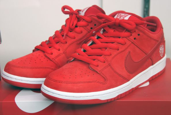 Girls Dont Cry x Nike SB Dunk Low 8